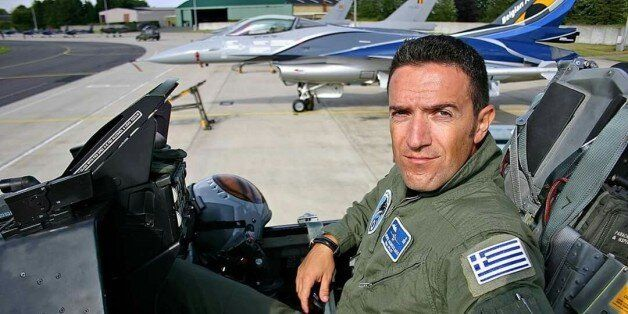 Κατακτώντας τον ουρανό: Επισμηναγός της Πολεμικής Αεροπορίας εξηγεί πώς είναι να δουλεύεις στους