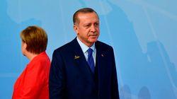 Εξοργίζει τους Γερμανούς πολιτικούς ο Ερντογάν. Ικανοποίηση της Μερκελ για την απελευθέρωση του
