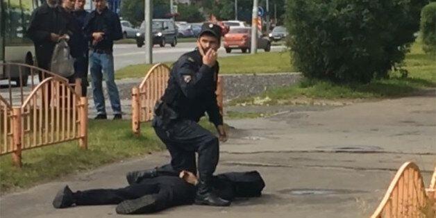 Επίθεση με μαχαίρι στη Ρωσία. Νεκρός ο δράστης. Δεν είναι τρομοκρατία λένε οι αρχές. Το αντίθετο υποστηρίζει...