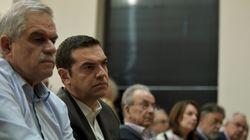 Σε διαρκή επικοινωνία ο πρωθυπουργός Αλ. Τσίπρας με τον Ν. Τόσκα για τις