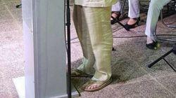 Ο υπουργός, το κοστούμι, η σαγιονάρα και η