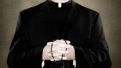 100 υποθέσεις σεξουαλικής κακοποίησης παιδιών τραντάζουν (και πάλι) τα θεμέλια της Καθολικής