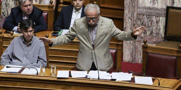 «Ανεβάζει» τους τόνους στη Βουλή το νομοσχέδιο