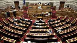 Για «τσουνάμι τροπολογιών» στο νομοσχέδιο του ΥΠΟΙΚ κάνει λόγο η αντιπολίτευση. Αποχώρησε το Ποτάμι και το ΚΚΕ από την