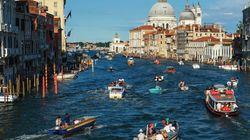 Αν σκοπεύετε να πάτε στη Βενετία, μην ξεχάσετε την αντιασφυξιογόνο μάσκα
