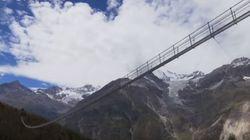 Ελβετία: Αυτή είναι η μεγαλύτερη κρεμαστή πεζογέφυρα στον