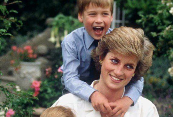 «Θα το μετανιώνω για όλη μου τη ζωή»: Ο William και ο Harry για το τελευταίο τηλεφώνημα που είχαν με...