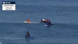 Διεθνούς φήμης σέρφερ γλιτώνει από τα σαγόνια του καρχαρία (για 2η φορά) την τελευταία