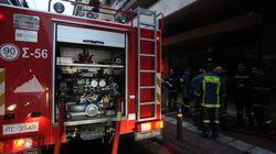 Υπό έλεγχο η φωτιά στη ΔΟΥ Δ' Αθηνών στα