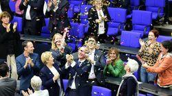 Υπερψηφίστηκε η νομιμοποίηση των γάμων μεταξύ ομοφυλοφίλων στην Γερμανία - Κατά ψήφισε η