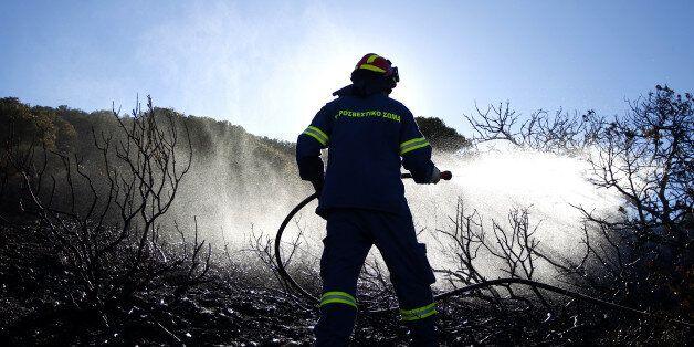 Ζάκυνθος: Μεγάλη φωτιά στο χωριό