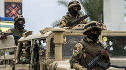 Δέκα Αιγύπτιοι στρατιωτικοί νεκροί σε επίθεση στο