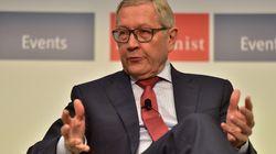 Ρέγκλινγκ: Δεν υπάρχει ανάγκη για δημοσιονομικά μέτρα. «Αφοσιωμένος» ο