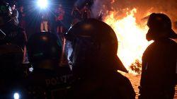 Αμβούργο: Δεκάδες τραυματίες αστυνομικοί στις συγκρούσεις με διαδηλωτές κατά της