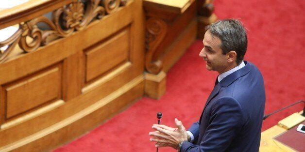 Επιμένει ο Μητσοτάκης για εκλογές και καταθέτει αίτημα για εξεταστική