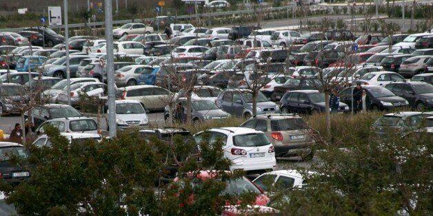 Τελικές αποφάσεις σχετικά με τα ειδοποιητήρια για τα ανασφάλιστα οχήματα: Οι δύο