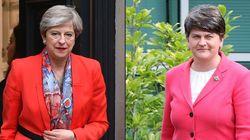 Βρετανία: Υπεγράφη συμφωνία για τον σχηματισμό κυβέρνησης μειοψηφίας μεταξύ Μέι και