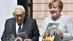 Μια ισχυρή Ευρώπη είναι προς το συμφέρον των ΗΠΑ, δηλώνει η Μέρκελ και μνημονεύει το Σχέδιο