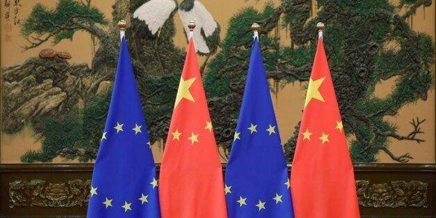 Reuters: Η Ελλάδα μπλόκαρε καταδικαστική δήλωση της ΕΕ για τα ανθρώπινα δικαιώματα στην Κίνα. Αντιδράσεις...