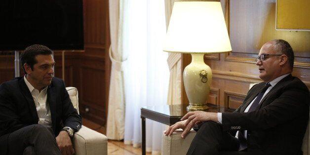 Τσίπρας σε Γκουαλτιέρι: Βασικός στόχος παραμένει η επιστροφή στην