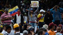 Χιλιάδες άνθρωποι και πάλι στους δρόμους της Βενεζουέλας για να καταγγείλουν την καταστολή των
