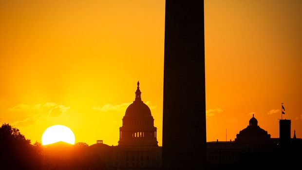 The U.S. Capitol and the Washington Monument are seen at sunrise on the National Mall before the iconic landmark is set to reopen to visitors after more than three years of construction and repairs in Washington, U.S., September 19, 2019. REUTERS/Al Drago