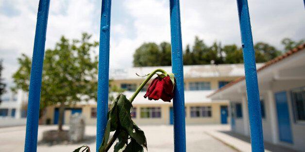 Το σχολείο του μικρού Μάριου στο Μενίδι έγινε στόχος θρασύτατων