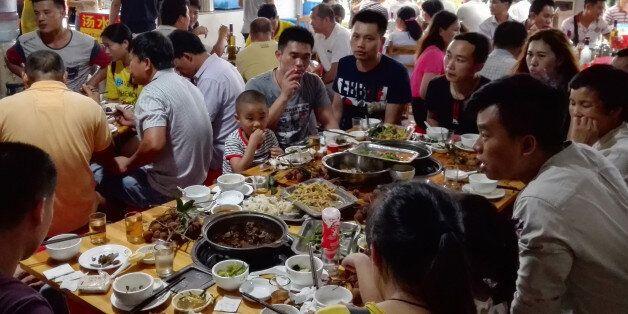 Yulin 2017, Φεστιβάλ σκυλίσιου κρέατος: Η δίαιτα της θρησκείας σου, η αμαρτία της δικής
