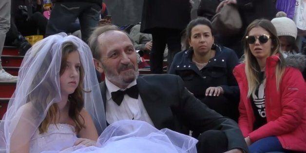 Επιτέλους στη Νέα Υόρκη βάζουν τέλος στους γάμους παιδιών. Αυξάνουν το όριο ηλικίας από τα 14 στα 18