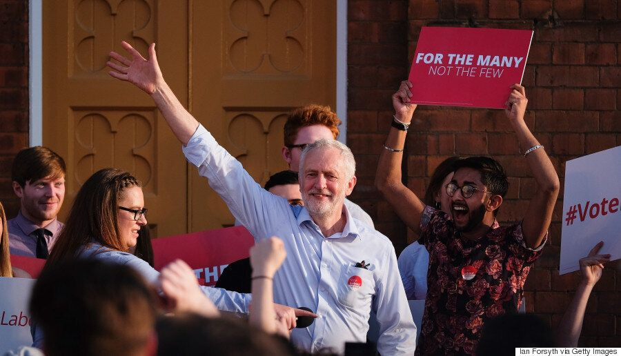 Εκλογές στη Βρετανία. Οι ψηφοφόροι, το εκλογικό σύστημα, οι υποψήφιοι Μέι και Κόρμπιν και όσα φέρνει...