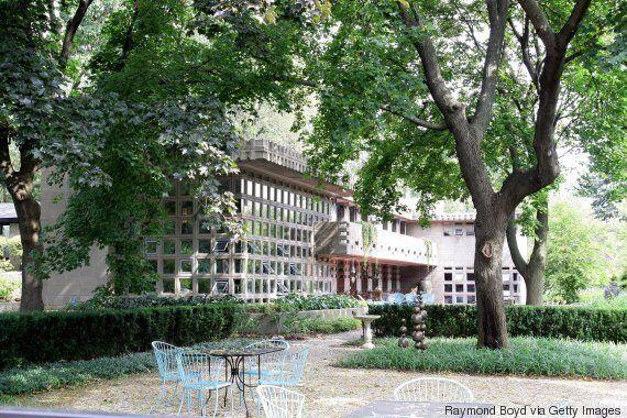 150 χρόνια Φρανκ Λόιντ Ράιτ: «Ξεπακετάροντας το αρχείο» ενός από τους σημαντικότερους αρχιτέκτονες του...