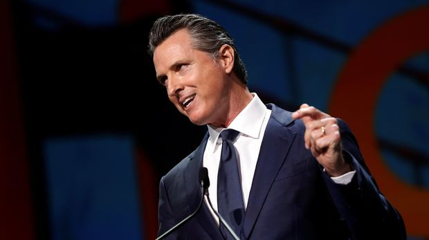 California's Governor Gavin Newsom speaks during the California Democratic Convention in San Francisco, California, U.S. June 1, 2019. REUTERS/Stephen Lam