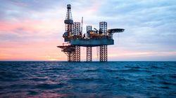 Πτώση των τιμών του πετρελαίου παρά την κρίση με το Κατάρ στον Περσικό