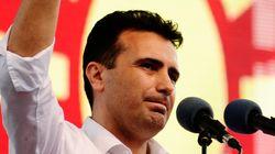 Νέος πρωθυπουργός ΠΓΔΜ: Προβοκάτσιες εναντίον της Ελλάδας οι ανδριάντες ιστορικών