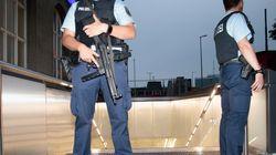 Πυροβολισμοί με πολλούς τραυματίες σε σταθμό τραίνων κοντά στο