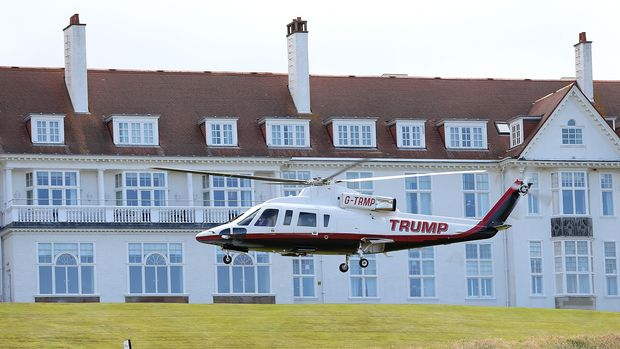 AYR, SCOTLAND - JULY 30:  Republican Presidential Candidate Donald Trump helicopter transports him to visit his Scottish golf course Turnberry on July 30, 2015 in Ayr, Scotland. Donald Trump will answer questions from the media at a press conference where reporters will be limited to questions just about golf.  (Photo by Jan Kruger/Getty Images)