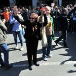 """Djamila Bouhired étrille un """"régime d'usurpateurs"""" et appelle les jeunes Algériens à ne pas se laisser """"voler leur"""