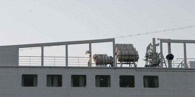 Νεκρός 42χρονος σε πλοίο όταν μετακινήθηκε το όχημά του και τον τραυμάτισε