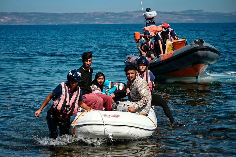 Νέες αφίξεις μεταναστών...