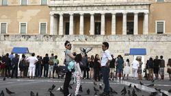 Spiegel: Η διπλή αυταπάτη της ελληνικής