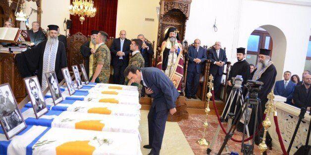 H Κύπρος κατευόδωσε τα λείψανα 17 Ελλήνων στρατιωτικών,πεσόντων και αγνοουμένων κατά την τουρκική εισβολή...