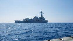 Οι ΗΠΑ αμφισβητούν τις αξιώσεις του Πεκίνου στη Νότια Σινική Θάλασσα: Πέρασμα πολεμικού κοντά από κινεζικό τεχνητό