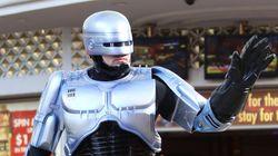 «Robocop» στο Ντουμπάι: Αστυνομικό ρομπότ θέτουν σε υπηρεσία οι