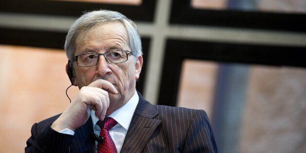 Γιούνκερ: «Η Ελλάδα πρέπει να βγει από τη «διαδικασία των υπερβολικών