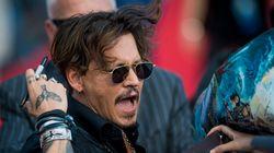 Τα 11 πιο εξωφρενικά πράγματα στα οποία έχει σπαταλήσει τα χρήματά του ο Johnny