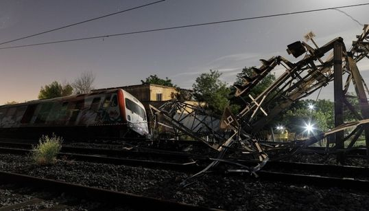 Το χρονικό της πρόσκρουσης του τρένου έξω από τη Θεσσαλονίκη και ο απολογισμός της