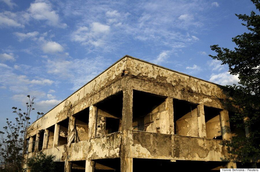 Η ιστορία πίσω από εγκαταλειμμένα εργοστάσια. Γιατί απέτυχε η ελληνική