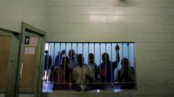 17 κρατούμενοι νεκροί και 50 δραπέτες μετά από εξέγερση σε φυλακή στην Παπούα Νέα