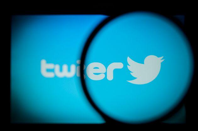 Twitter y Facebook eliminan 359 cuentas falsas atribuidas al PP en las últimas