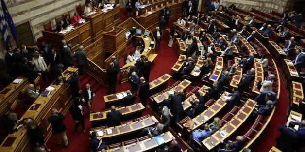 Βουλή: Απορρίφθηκε αίτημα της ΝΔ για συζήτηση περί αντισυνταγματικότητας της βουλευτικής